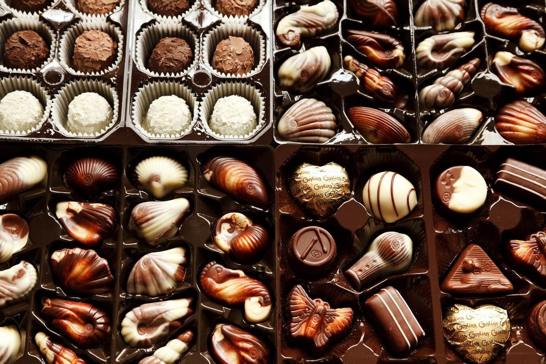 chocolate bonbons box in israel