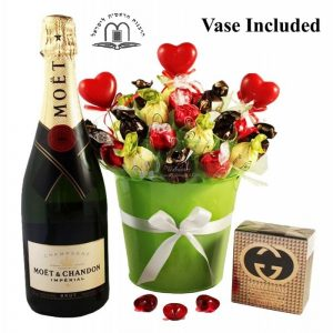 Green Melody with Moët and Gucci – Sweet Bouquet Israel