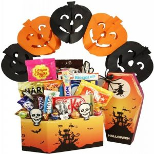 Halloween Collection XL Gift Basket Israel
