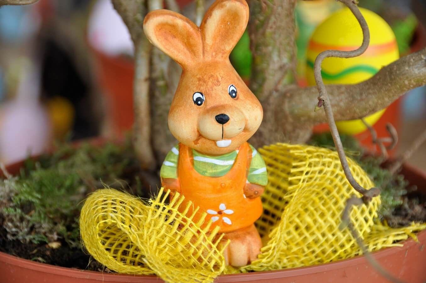 Send Gifts in Israel - Easter Gift Baskets